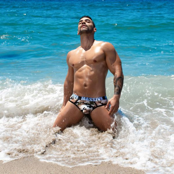 First time on a gay cruise? This is what to expect