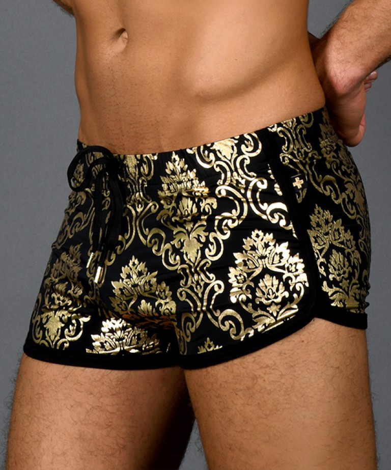 MASSIVE Iconic Jogger Shorts