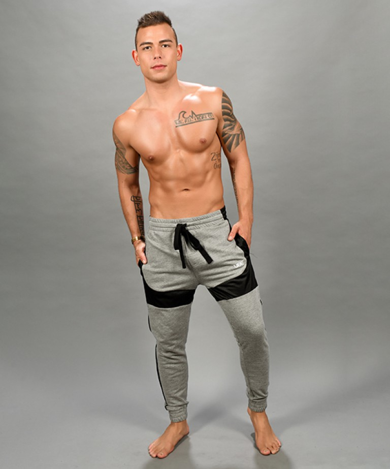 Vibe Training Pants w/ Mesh